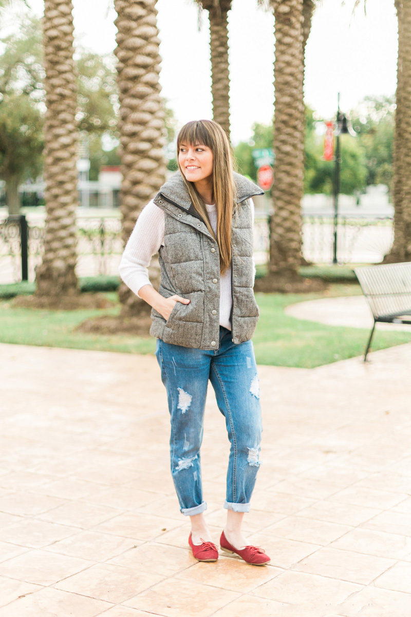 puffer vest, puffy vest, winter vest, boyfriend jeans, distressed jeans, think elysian, fashion blog, style blog