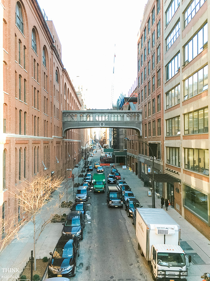 Walk the High Line in NYC - Life + Style + Travel blog - www.thinkelysian.com