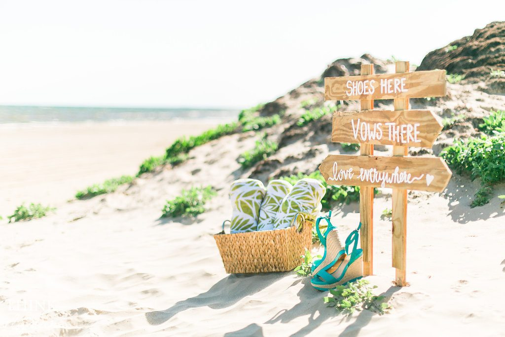 Bright, beach destination wedding photography - Awestruck Events + Think Elysian destination photographer. www.thinkelysian.com