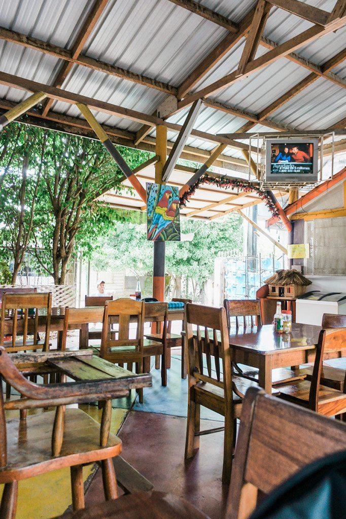 Travel Diary: Benny's Restaurant in Belize // www.thinkelysian.com